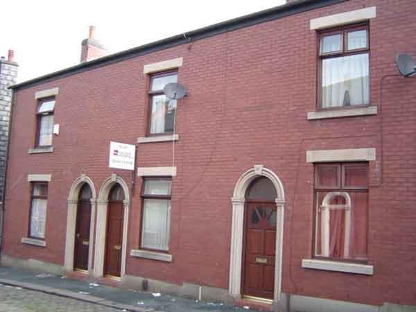 21 Grosvenor Street, Castleton, Rochdale